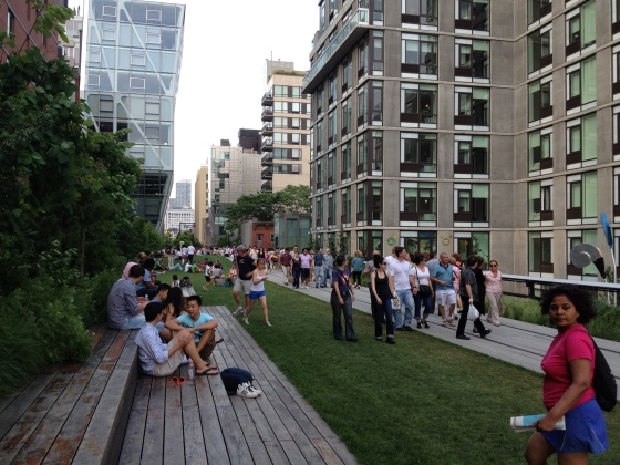 23rd Street Lawn.